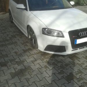 Audi RS3 8P widened fenders