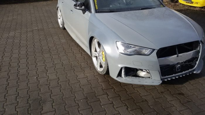 Audi RS 3 8V widened fenders