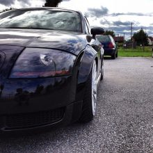 Audi TT 8N widened fenders 3 cm per side