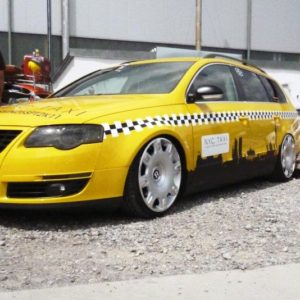 VW Passat 3 C fender